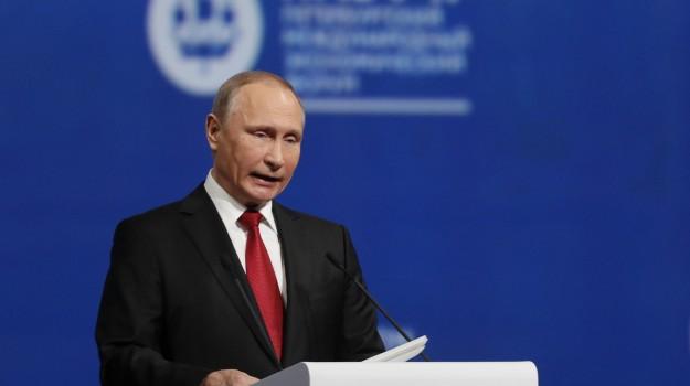 Donald Trump, Vladimir Putin, Sicilia, Mondo