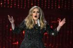 """Problemi alle corde vocali, Adele sospende il tour: """"Sono disperata"""""""