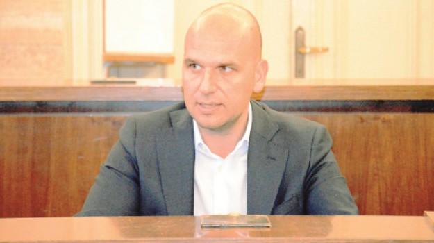 mozione sfiducia licata, Agrigento, Politica