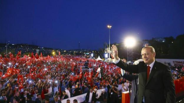 tentato golpe Turchia, Recep Tayyip Erdogan, Sicilia, Mondo