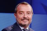 """""""Lascia la moglie per una barista di 24 anni"""", impazza sul web il gossip su Franco Di Mare"""