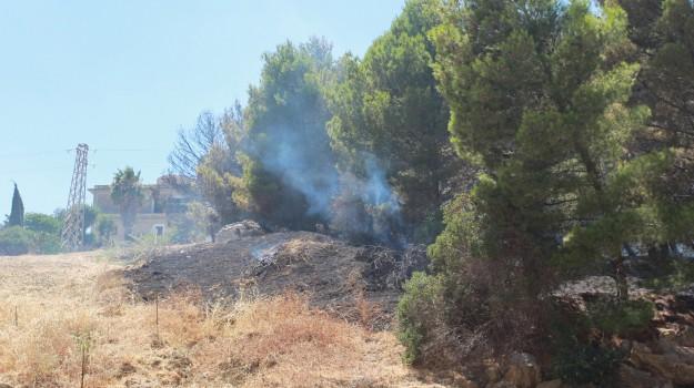 arresti agrigento, incendio villaggio mosè, Alfonso Rizzuto, Agrigento, Cronaca