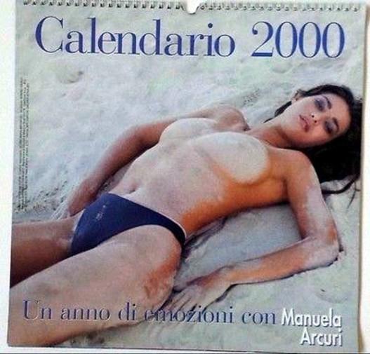 Nuda Calendario.Manuela Arcuri Per Il Bene Di Mio Figlio Non Poserei Mai