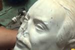 """Funzionari della polizia di Stato: """"Restauriamo noi la statua di Falcone"""""""