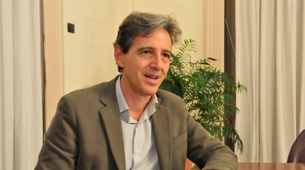 assessore dimesso ragusa, Salvatore Corallo, Ragusa, Politica