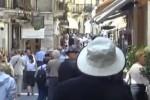 Migranti anche a Taormina, tetto massimo di 38 unità