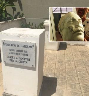 Palermo, torna alla scuola dello Zen il busto di Falcone danneggiato