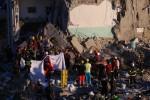 Palazzina crollata a Torre Annunziata, trovata l'ottava vittima: un bambino di 8 anni