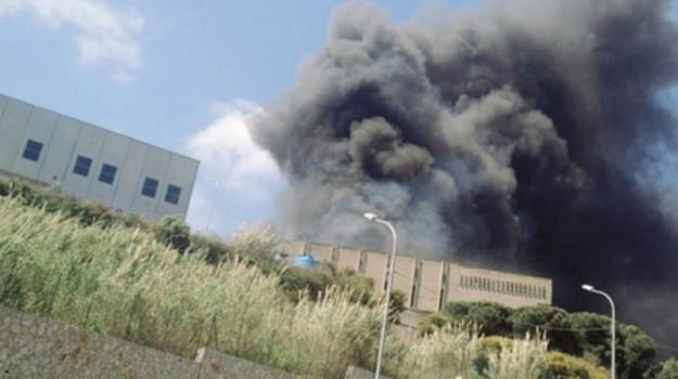 incendio discarica, Alberto Pierobon, Sicilia, Politica