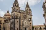 Crolla intonaco nel Duomo di Acireale, grave bimbo di un anno