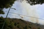 Il fuoco minaccia ancora lo Zingaro A San Vito e a Pioppo feriti 2 forestali