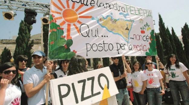 cittadinanza onoraria gela, pizzo gela, Nino Miceli, Caltanissetta, Cronaca