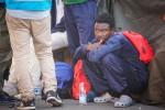 Manca l'autorizzazione: stop al rimpatrio di 45 migranti da Palermo a Tunisi