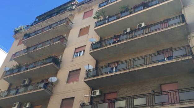 incendio palermo, vigili del fuoco, Palermo, Cronaca