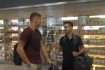 Il Palermo parte per il ritiro, nel gruppo anche il neoacquisto Coronado: le immagini dall'aeroporto