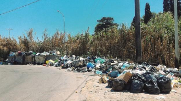 rifiuti torre marausa, Trapani, Cronaca