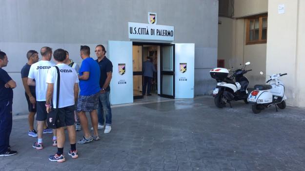 guardia di finanza palermo calcio, perquisizioni zamparini, Maurizio Zamparini, Palermo, Cronaca
