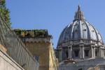 Pedopornografia, arrestato in Vaticano ex addetto alla Nunziatura di Washington