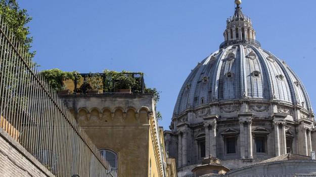 arresto vaticano, materiale pedopornografico, Sicilia, Cronaca