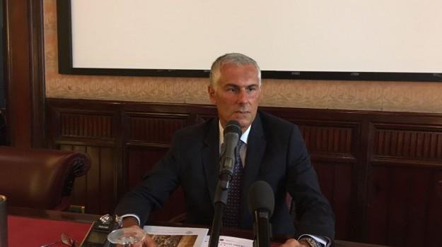 regionali sicilia 2017, Claudio Fava, Fabrizio Micari, Sicilia, Politica