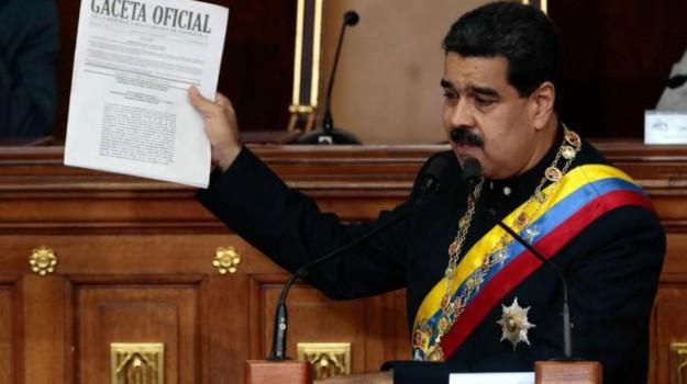 caos venezuela, Nicolas Maduro, Sicilia, Mondo