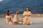 """""""Sogno di una notte di mezza estate"""", la magia di Shakespeare al Teatro Antico di Segesta"""