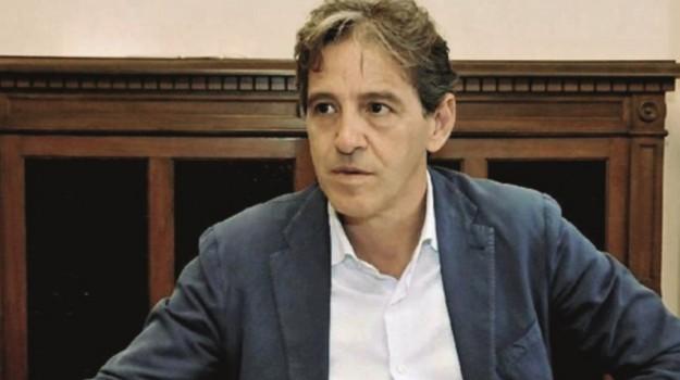 dimissioni assessore ragusa, Ragusa, Politica