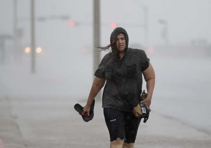 Inferno di vento e pioggia investe il Texas le foto del