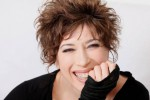"""Delusa dagli uomini, Veronica Pivetti fa coming out: """"Vivo con una donna e sono felice"""""""