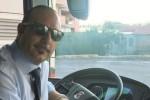 Perde il portafogli sul bus con 4100 euro, autista lo trova e lo riconsegna