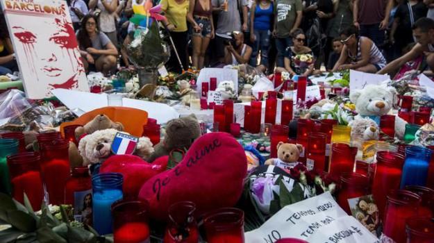 attacco barcellona, terrorismo isis, Sicilia, Mondo