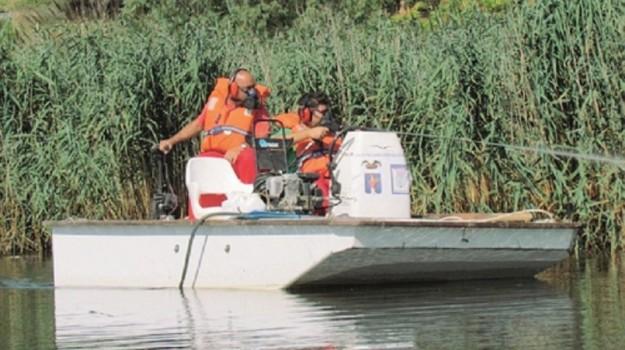 batterio nocivo per zanzare, lago pergusa, Enna, Società