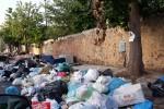 """Strade invase dai rifiuti a Palermo, la Rap: """"Mezzi riparati, già attivato un piano di recupero"""" - Video"""
