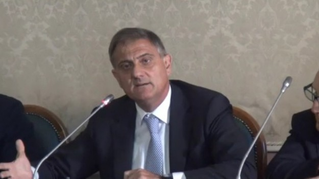 ars numero legale, Giovanni Ardizzone, Sicilia, Politica