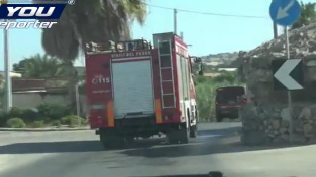 """Ragusa, pompieri volontari appiccavano fuoco per soldi: il capo """"voleva far scoppiare una bomba"""""""