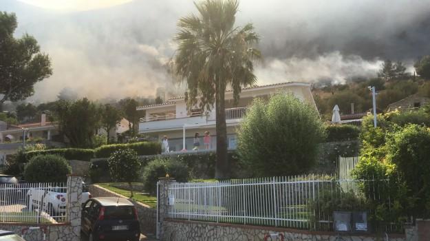 Incendi Sicilia, Palermo, Cronaca