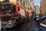 Grande caldo, condizionatori in tilt: incendi in altre due case a Palermo, cinque persone intossicate