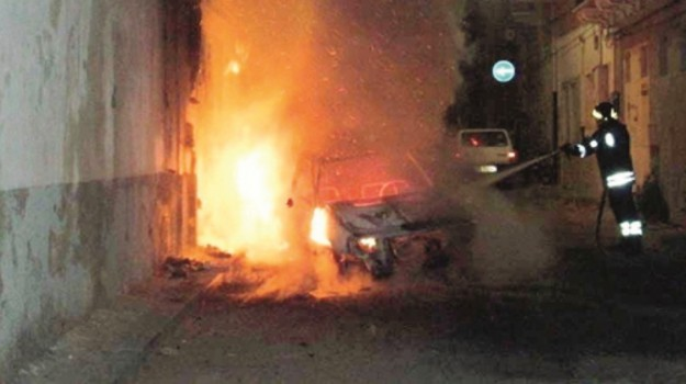 Incendi a Gela, Caltanissetta, Cronaca