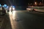 Perde il controllo della moto e si schianta contro muretto, 26enne morto a Trapani