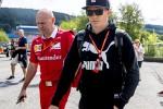 Ferrari, Raikkonen pressa Vettel sul rinnovo: insieme lavoriamo benissimo