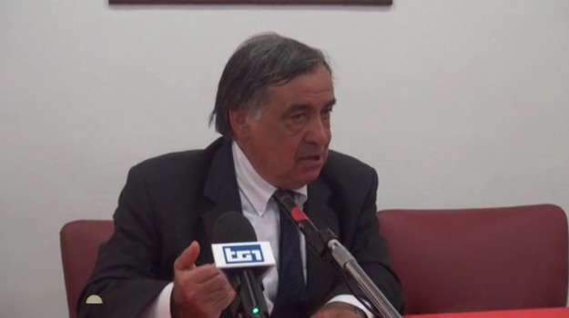 stop decadenza sindaci metropolitani, Sicilia, Politica