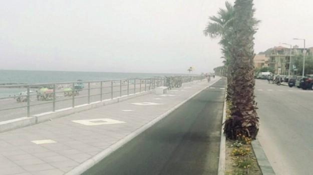 lungomare capo d'orlando, Messina, Economia