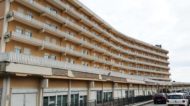 bimba morta in ospedale, Messina, Cronaca