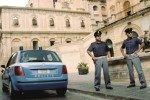 Parcheggiatori abusivi a Noto, 2 ragazzini bloccati e multati