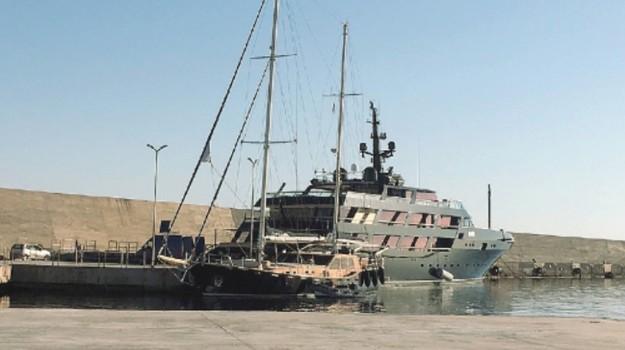 porto pantelleria, Trapani, Economia