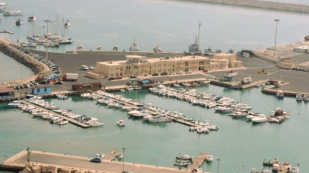 porto pozzallo, Ragusa, Economia