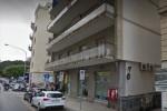 Rapina a un ufficio postale a Palermo, malore per una donna incinta