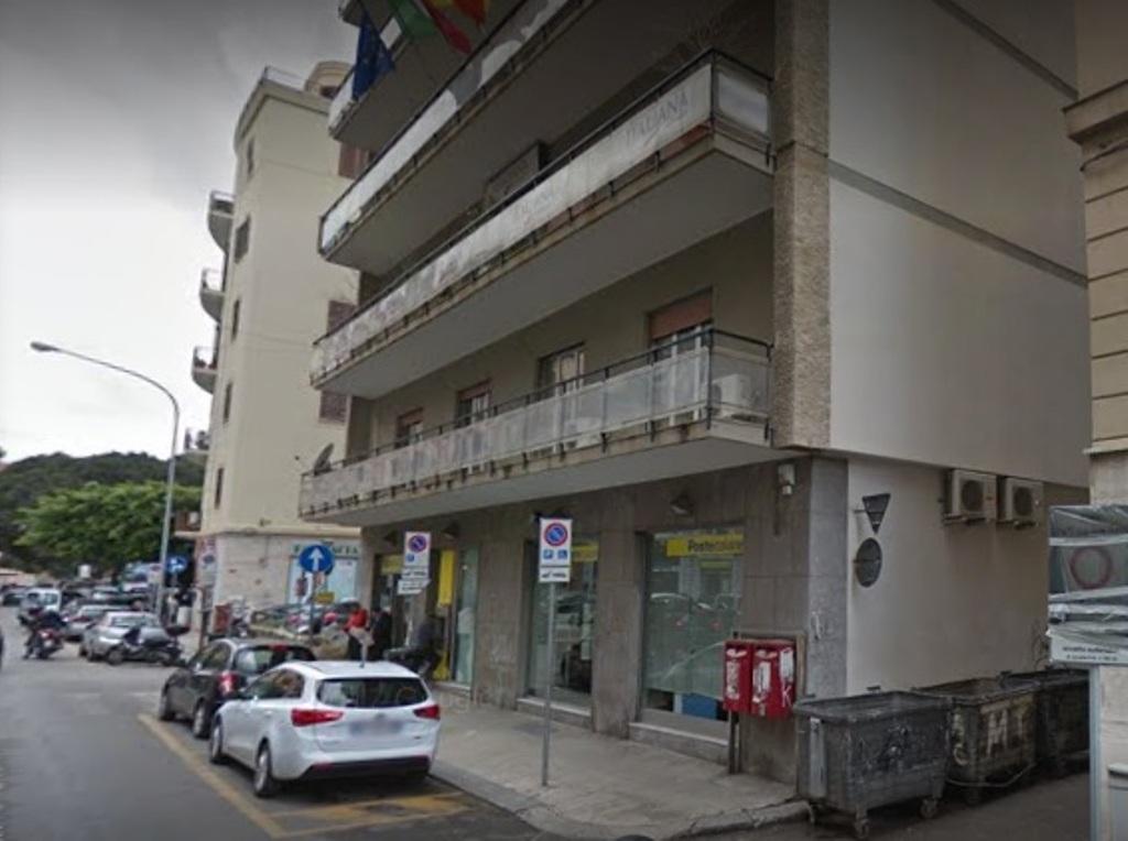 Ufficio Postale A Palermo : Rapina a un ufficio postale a palermo malore per una donna