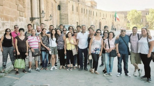 precari san salvatore di fitalia, Messina, Economia