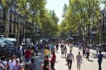 """La Rambla di Barcellona, una delle """"passeggiate"""" per turisti più famose al mondo"""